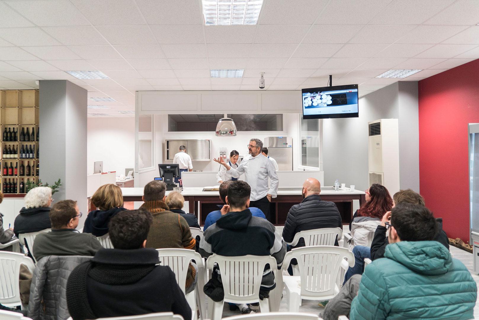 Corsi di cucina, Mauro Uliassi, casa marche, mymarca